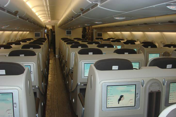 Air france photos de l 39 int rieur de l 39 a380 actualit for Interieur airbus a380