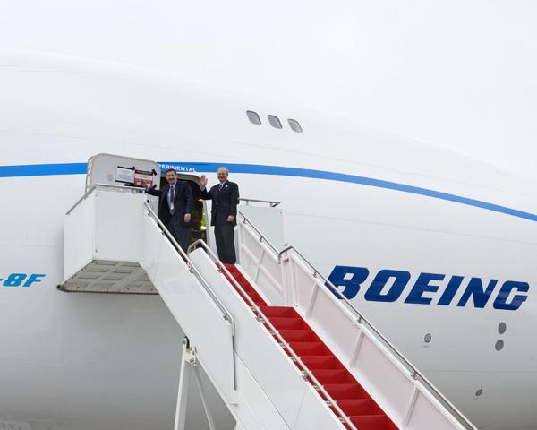 LE BOEING 747-8 506