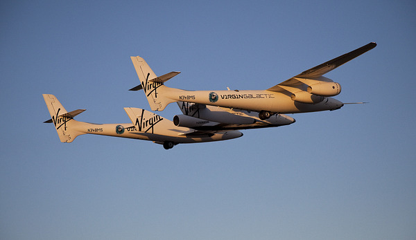 Premier vol captif du VSS Enterprise de Virgin Galactic