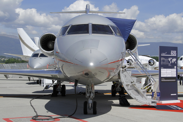 Bombardier Challenger 605 - OE-INS- EBACE 2011