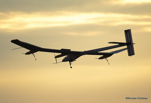 Atterrissage du Solar Impulse à l'aéroport du Bourget