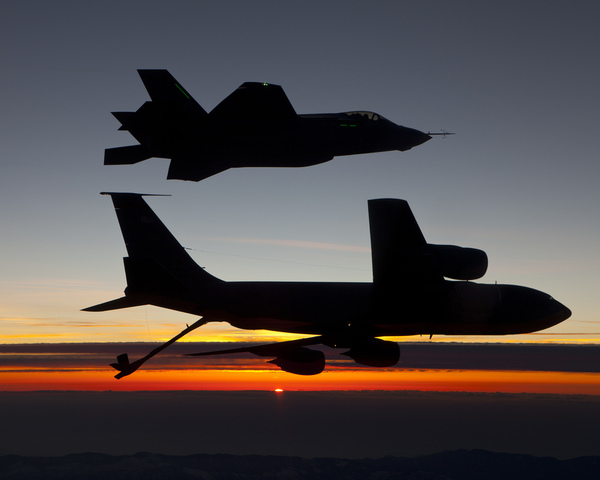 Lockheed Martin F-35 et KC-135 US AIR FORCE