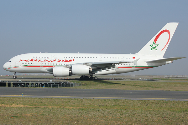 At 3o moroccan airlines royal air maroc air arabia for Avion jetairfly interieur