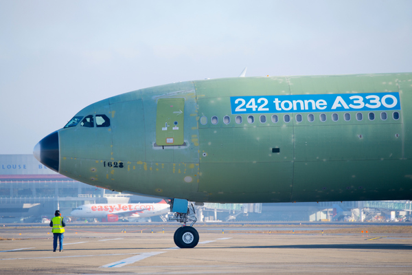 Airbus A330 MTOW 242 tonnes