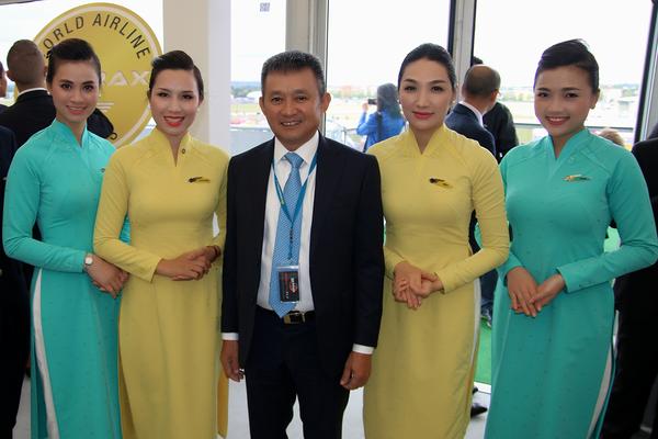 Hôtesses Bangkok Airways - Médias - AeroWeb-fr.net
