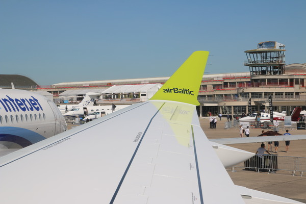 Bomabrdier Cseries CS300 Airbaltic