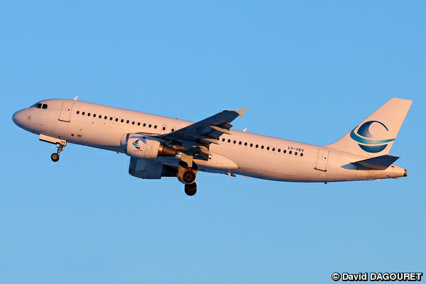 Airbus A320 Avion Express
