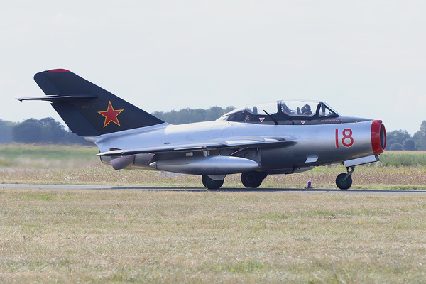 Mig-15 Paris Air Legend