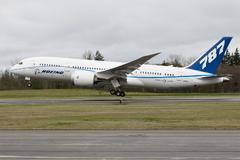 Le Boeing 787 est arrivé - Page 2 535