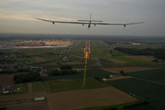 Solar Impulse arrive à Bruxelles