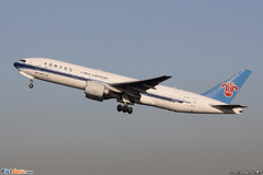 Boieng 777 China Southern