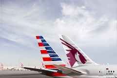 Empennages Qatar Airways et American Airlines
