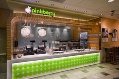 Pinkberry Lands at Los Angeles International Airport